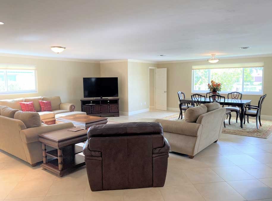 Marco Island living room before home staging | Naples Home Staging Home Staging Services Southwest Florida Vacant Home Staging and Furnished Home Staging