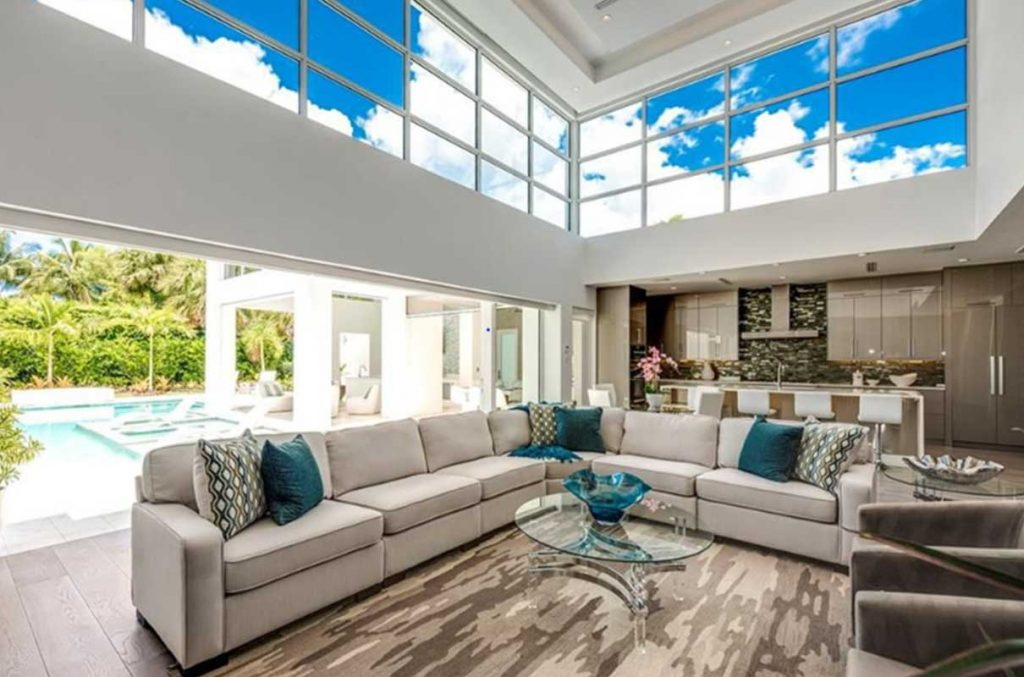 Nautilus living room professionally staged by Naples Home Staging