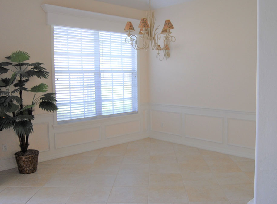 Timmaron dining room before home staging | Naples Home Staging Home Staging Services Southwest Florida Vacant Home Staging and Furnished Home Staging